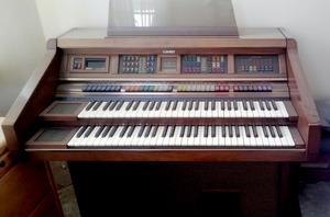 lowrey-organ